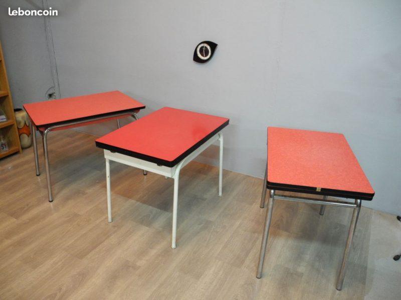 Lot De 3 Tables En Formica Rouge A 50s A 60s Atelier 1954